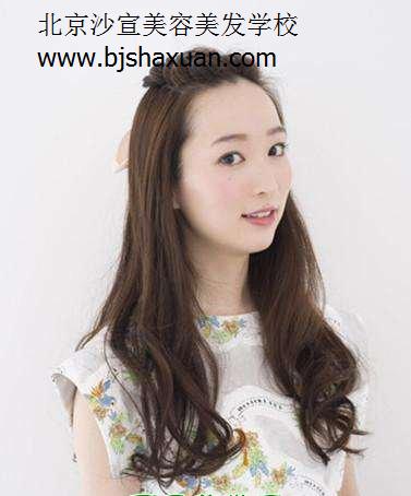 长头发没有刘海发型图片 让你更有女人味-北京沙宣美发培训学校